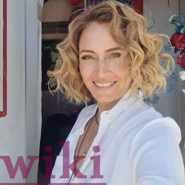 Ceyda Düvenci religion, longevity, information about her and photos