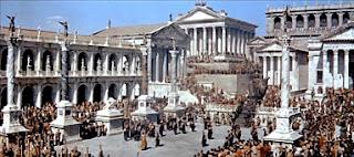 Así debió ser el Foro Romano, más o menos, en aquella época.