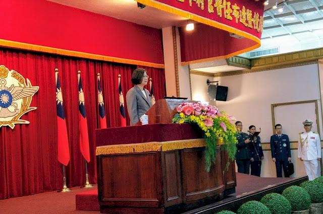 Tổng thống Thái Anh Văn: đứng trước sự đe dọa của Trung Quốc, tuyệt đối không nhân nhượng, bảo vệ Đài Loan hưởng thụ dân chủ