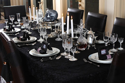 gothic wedding themes