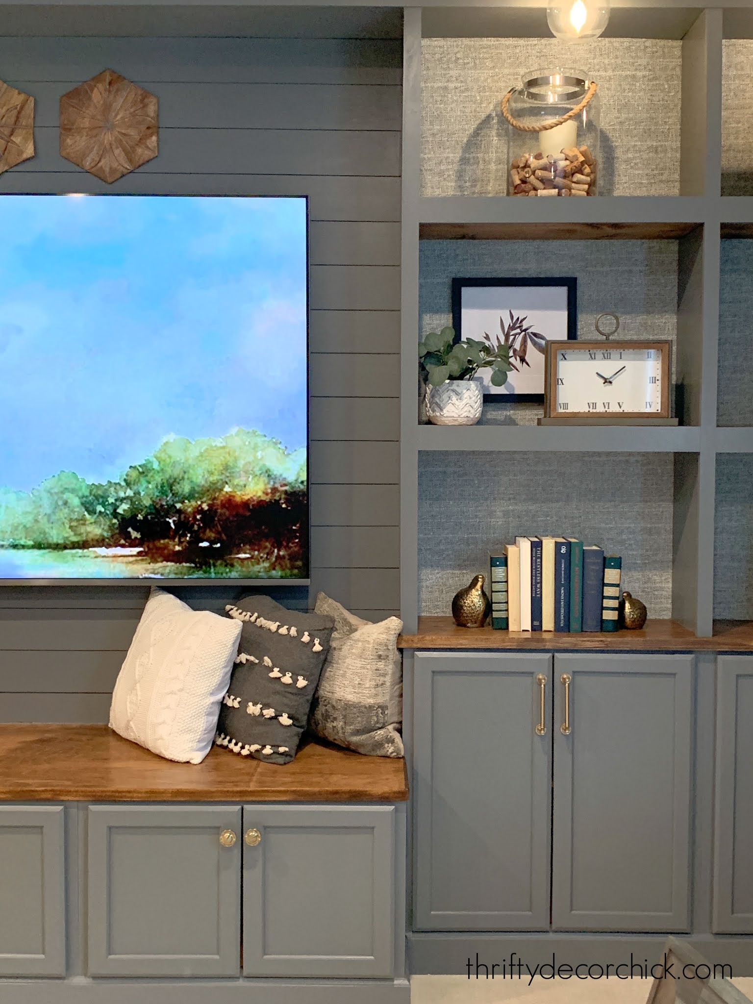 DIY built in bookcase wall in the basement {The reveal!} from Thrifty Decor Chick