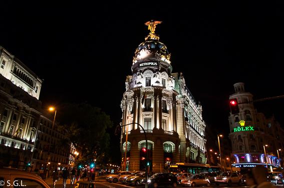 Edificio Metropolis. Ruta lowcost por Madrid