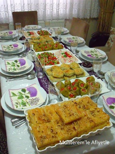 iftar yemeği masası
