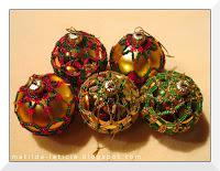 http://matilda-leticia.blogspot.com/2016/12/w-swiecie-maych-kuleczek.html