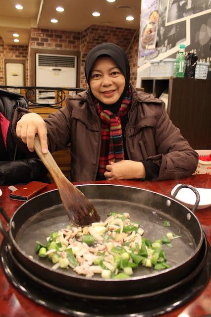 Makan Malam Di Yogaane Korea