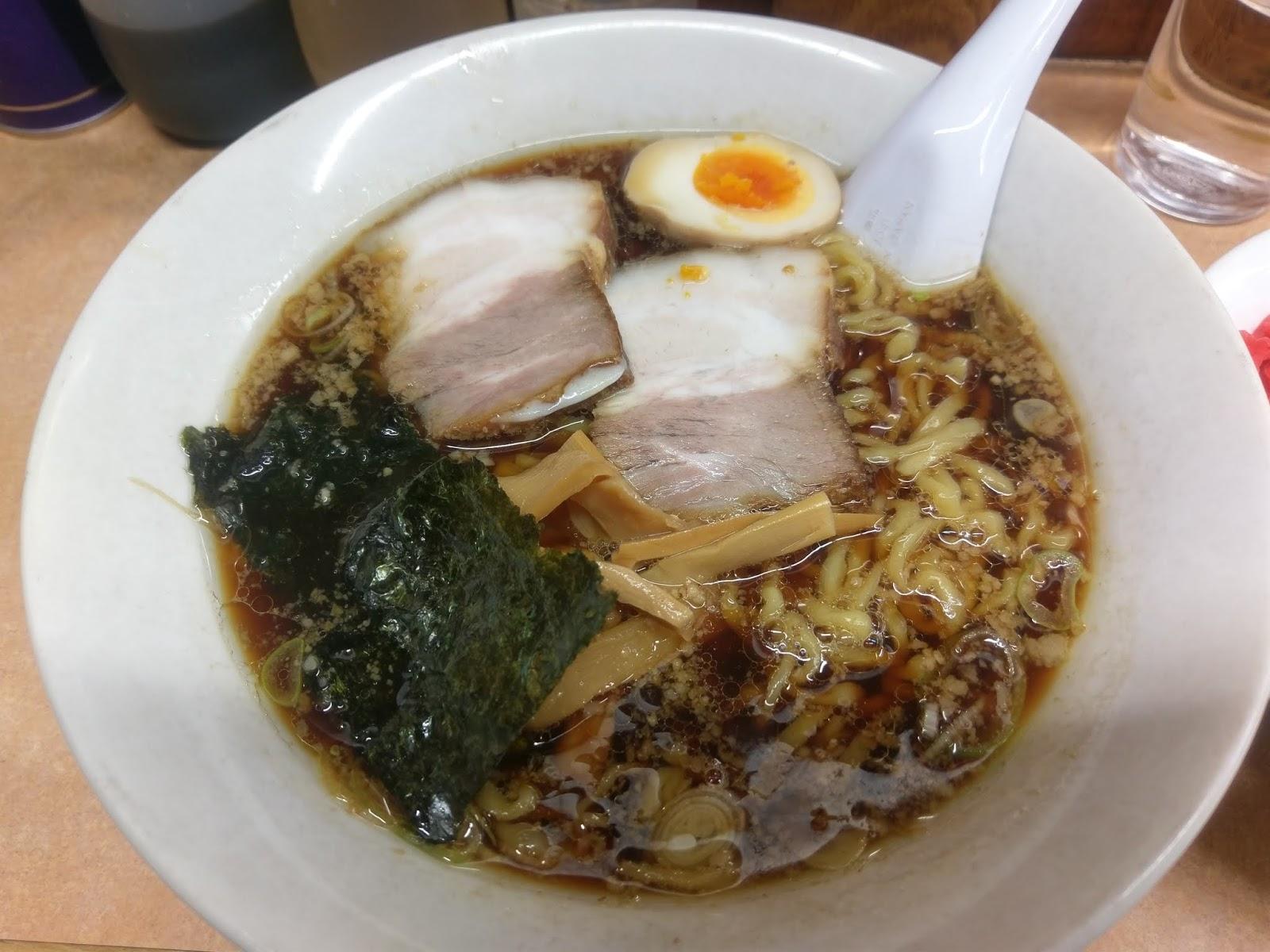 醤油ラーメン(雨風本舗(あまからほんぽ))