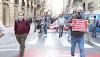 """Hosteleros y comerciantes de Benidorm llegan en caravana a Valencia para reclamar """"ayudas directas ya"""""""