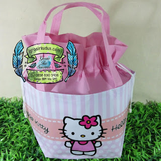 tas ulang tahun hello kitty