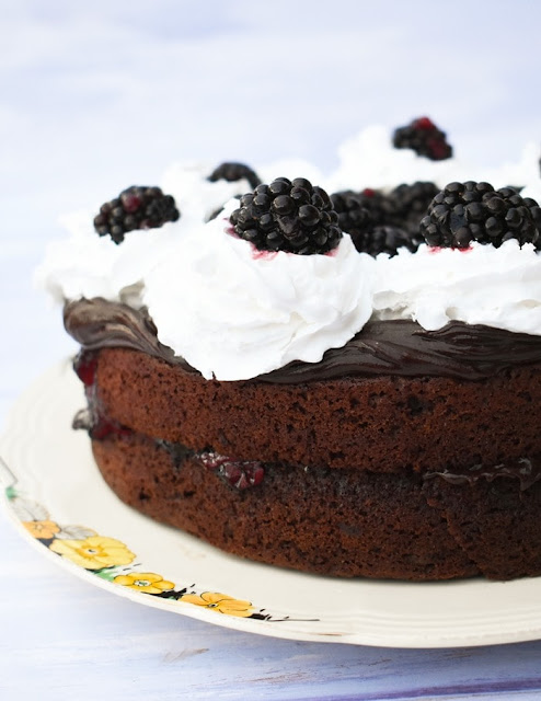 Quick Blackberry Chocolate Cake