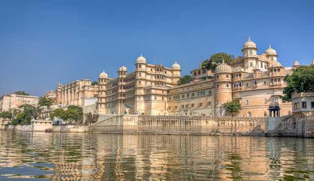 Udaipur Tourist Attraction : City Palace Udaipur