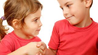 Cara Melatih dan Mengajari Anak Agar Terbiasa Mau Minta Maaf