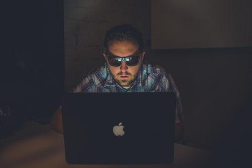 seorang hacker