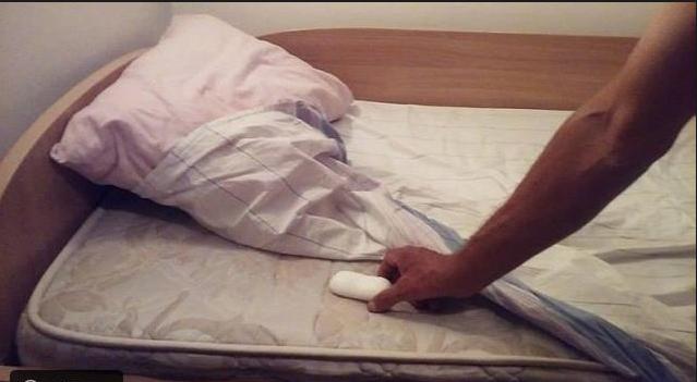 ضع قطعة صابون أسفل السرير قبل النوم ولاحظ النتائج المذهلة لن تتخيل النتائج