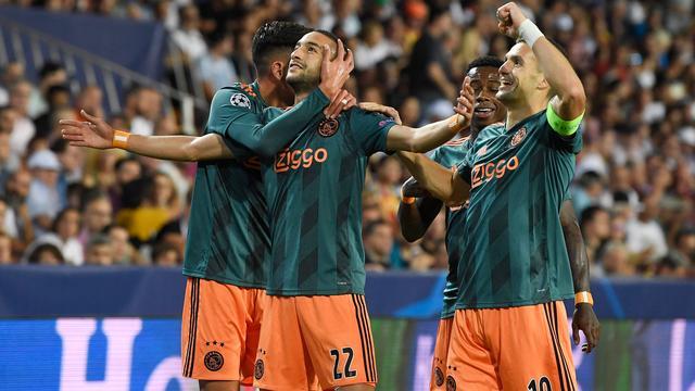أبطال أوروربا.. اياكس امستردام يقسو بثلاثية نظيفة على فالنسيا الإسباني