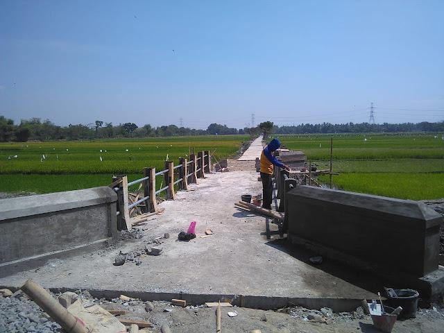 Inilah Jembatan Yang Didambakan Warga Desa Jimbung Selama 17 Tahun Menanti