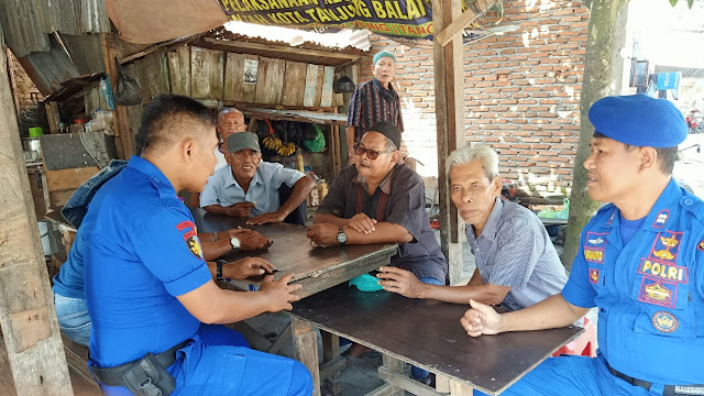 Sat Pol Air Polres Tanjung Balai Kombur kombur dengan Masyarakat Nelayan