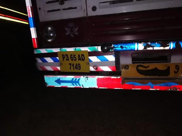 चुनाव की रात 2 ट्रको में भरी 1756 पेटी शराब पकड़ी.. दमोह जिले में पुलिस चेकिंग के दौरान बड़ी कार्यवाही..