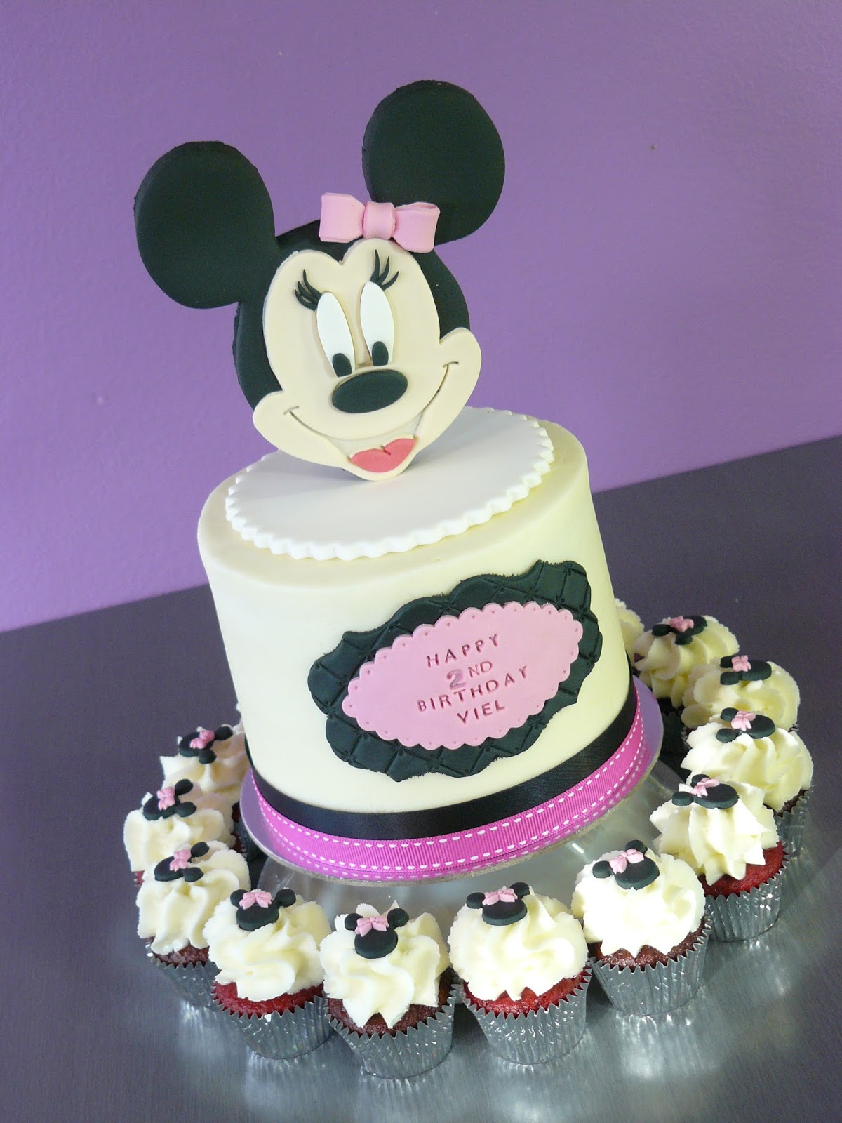 The Cup Cake Taste Brisbane Cupcakes Minnie Mouse Cupcakes