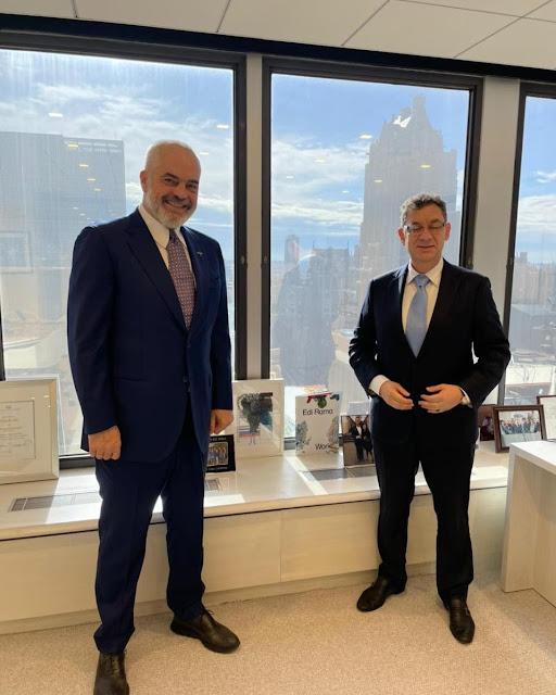 Rama incontra il CEO di Pfizer Albert Bourla a New York: ci ha aperto le porte e abbiamo iniziato a vaccinare davanti ad altri nella regione