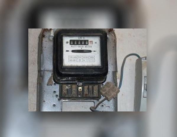 وزارة الكهرباء تتجه لاعفاء الثلاث شرائح الأولى من زيادة الأسعار