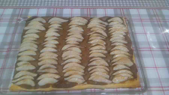 frangipane chocolat poires pâte feuilletée tarte sucrée
