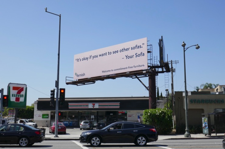 commitment-free furniture Fernish billboard