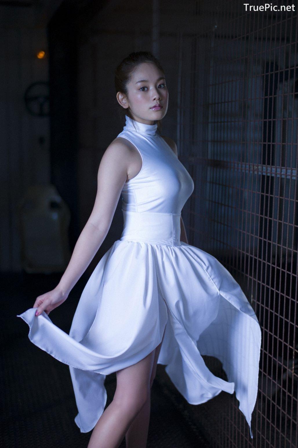 Image-Japanese-Gravure-Idol-Miwako-Kakei-Sexy-Japanese-Angel-With-Hot-Body-TruePic.net- Picture-8