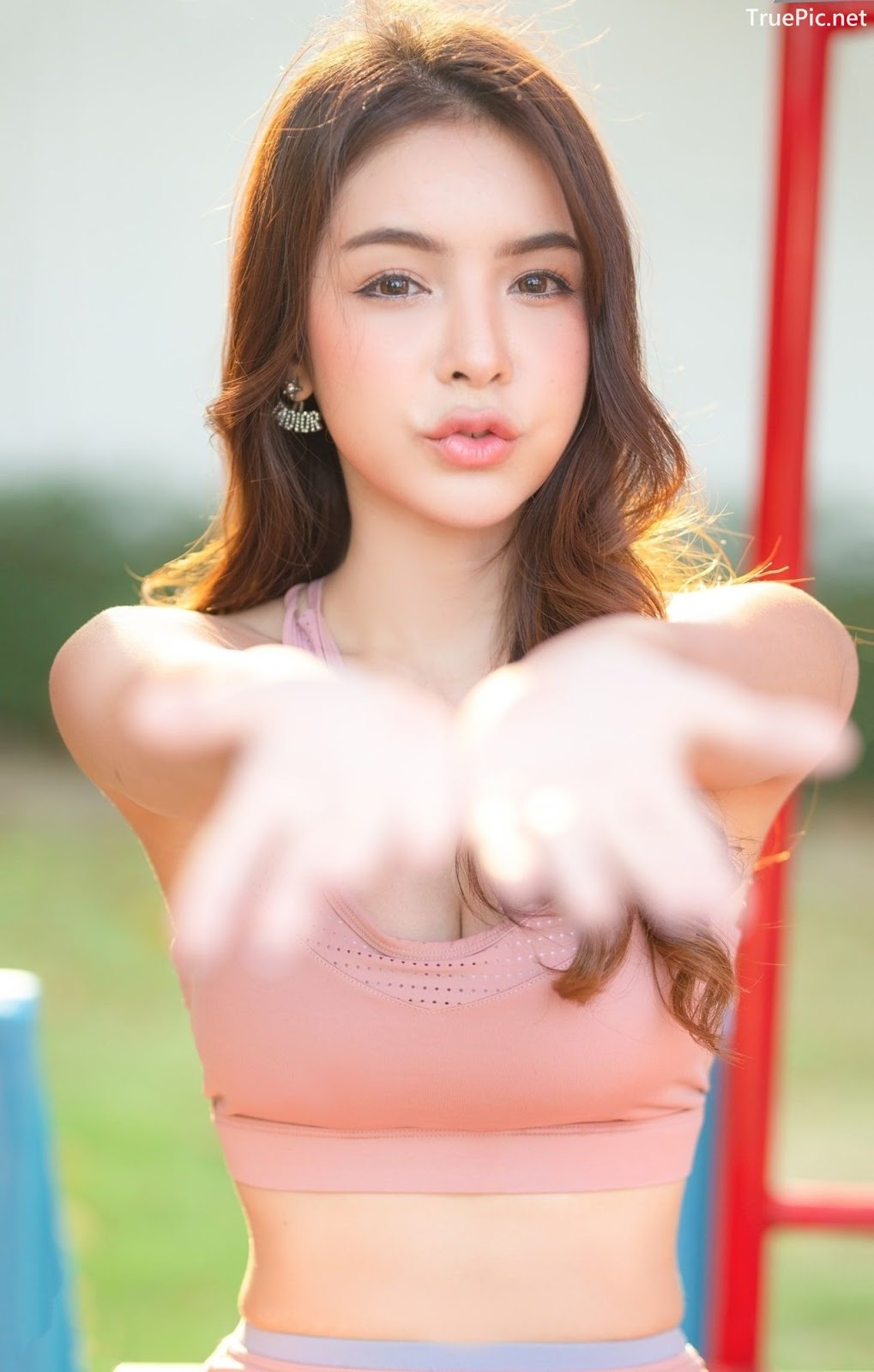 Image-Thailand-Beautiful-Model-Soithip-Palwongpaisal-Pink-Fitness-Girl-TruePic.net- Picture-10