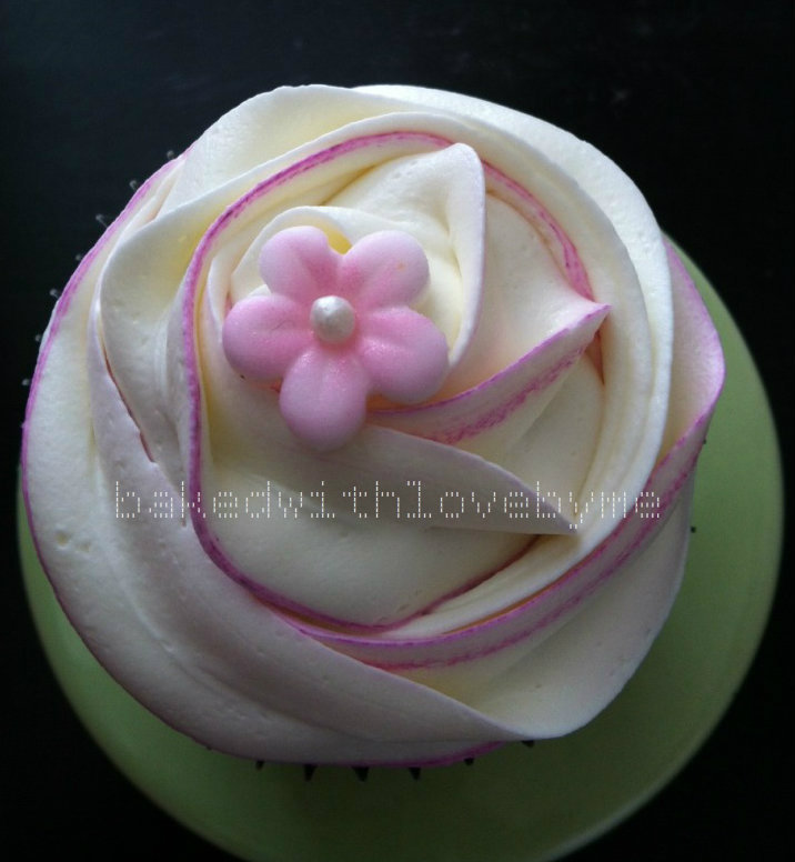Sweet Treats Baked With Love French Vanilla Cupcakes With