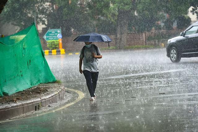 यूपी, एमपी सहित इन राज्यों में भारी बारिश की चेतावनी, जानें- आपके राज्य में कैसा रहेगा मौसम