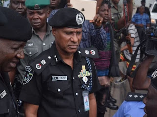 Commotion in Niger state of Nigeria as a man know by the name Yakubu Abubakar was arrested by the Police force after giving his client fake bullet prove charm which ended badly for his client who was left in his own pool of blood.
