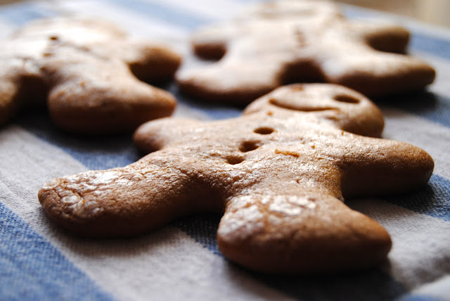Gingerbread Men Cookies (sugar free) & Happy New Year