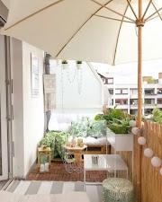 7 piccoli balconi perfetti per la stagione estiva