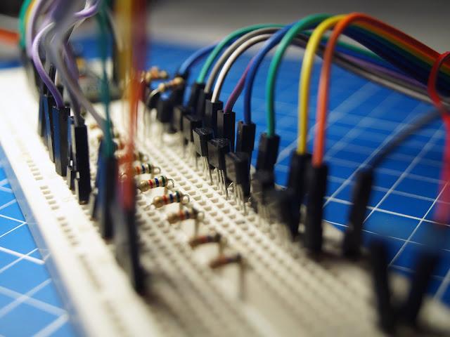 Макет схемы управления газоразрядным индикатором ИН-12Б