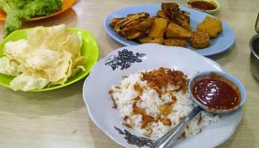 Kuliner Asik Khas Lampung yang Bikin Nagih!