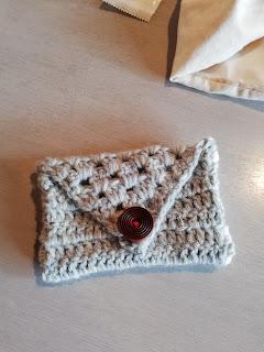 かぎ針編み封筒ポーチ