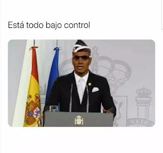 Pedro Sánchez disfrazado como negros enterradores