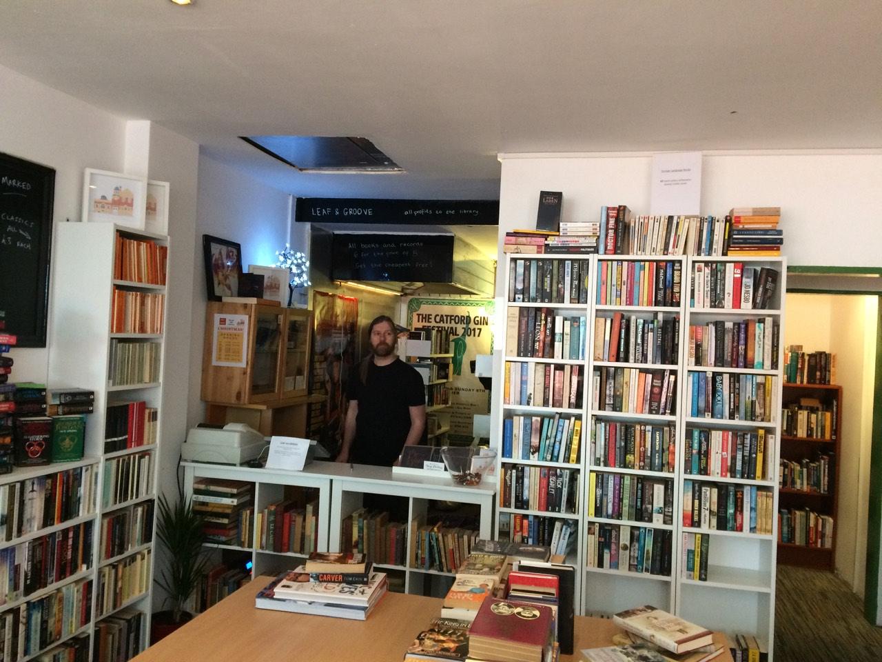 librairie henri vignes escort parie