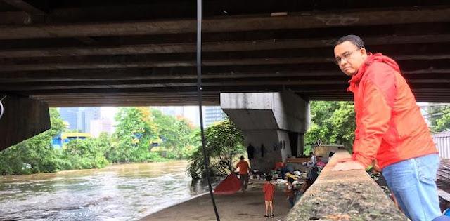 Anies Digonggong Buzzer Untuk Tutupi Bobrok Istana