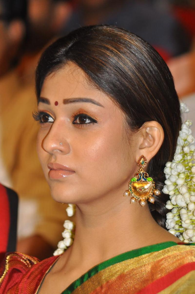 Nayanthara Side View Close Up Cute HQ Latest Photo Still ...