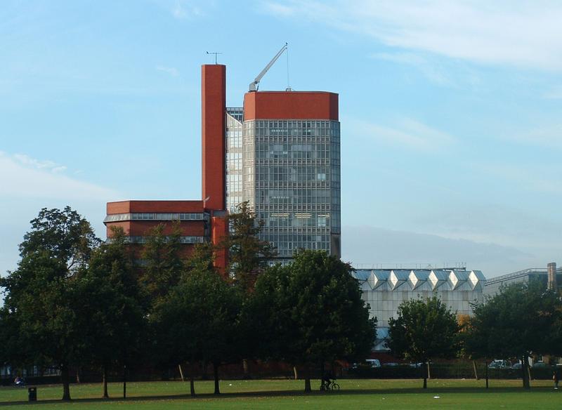 Laboratorios de Leicester University. JAMES STIRLING