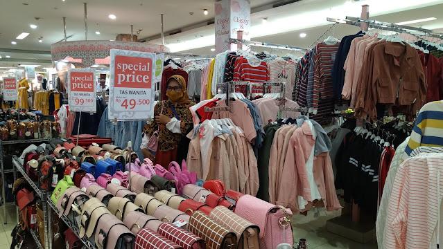 anak hilang di mall
