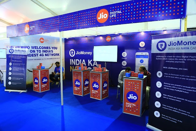 Facebook Buys 9.9% Stack in Indian Telecom Giant Reliance Jio