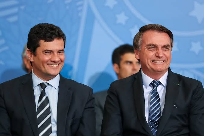 """URGENTE: Ministro Moro pede demissão do governo Bolsonaro: """"Foi prometida carta branca"""""""