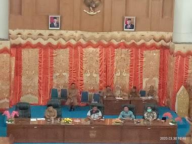 Untuk Mencegah Wabah Covid-19, DPRD dan Bupati Kabupaten Pasaman Barat Adakan Rapat Koordinasi