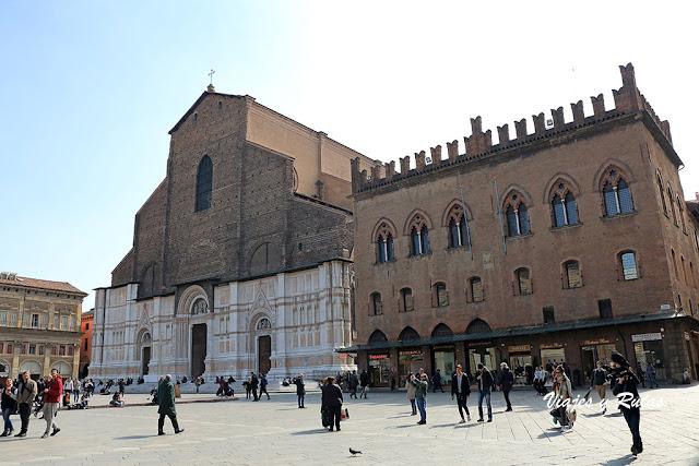 SanPetronio, Piazza Maggiore de Bolonia