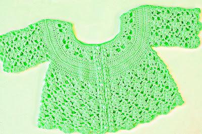 6 - IMAGEN Chaqueta a crochet a juego con vestido rosa para niña muy fácil y rápida Majovel Crochet