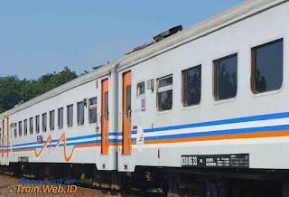 Stasiun Kramat Layani Pemberhentian KA Lokal Jatiluhur dan Walahar