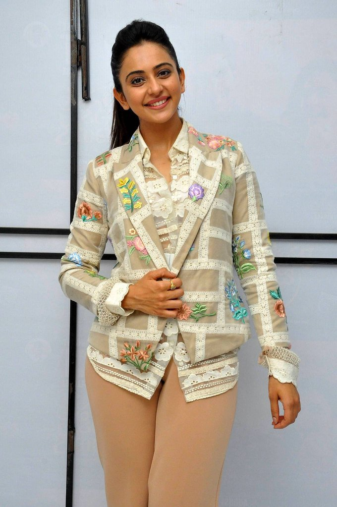 Rakul Preet Singh Stills At Jaya Janaki Nayaka Success Meet