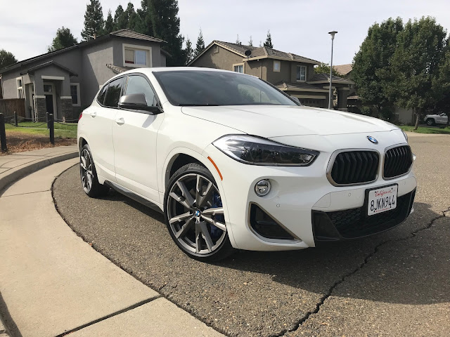 Front 3/4 view of 2019 BMW X2 M35i